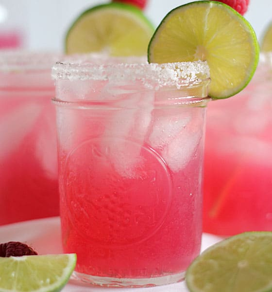15+ Easy Cocktail Recipes From